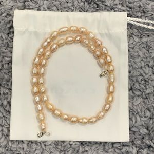 Pearl Necklace - New